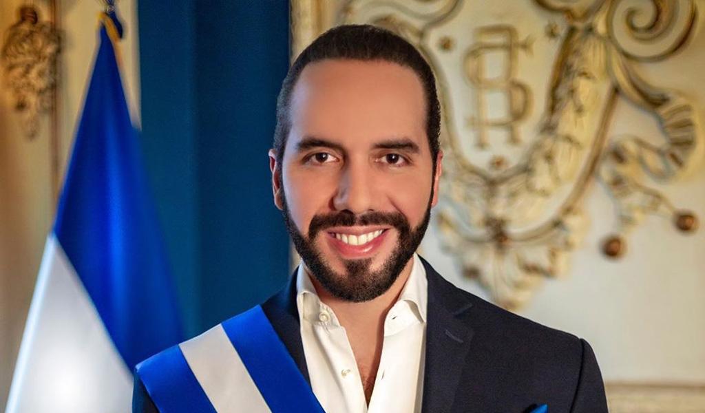 Se posesiona nuevo presidente de El Salvador