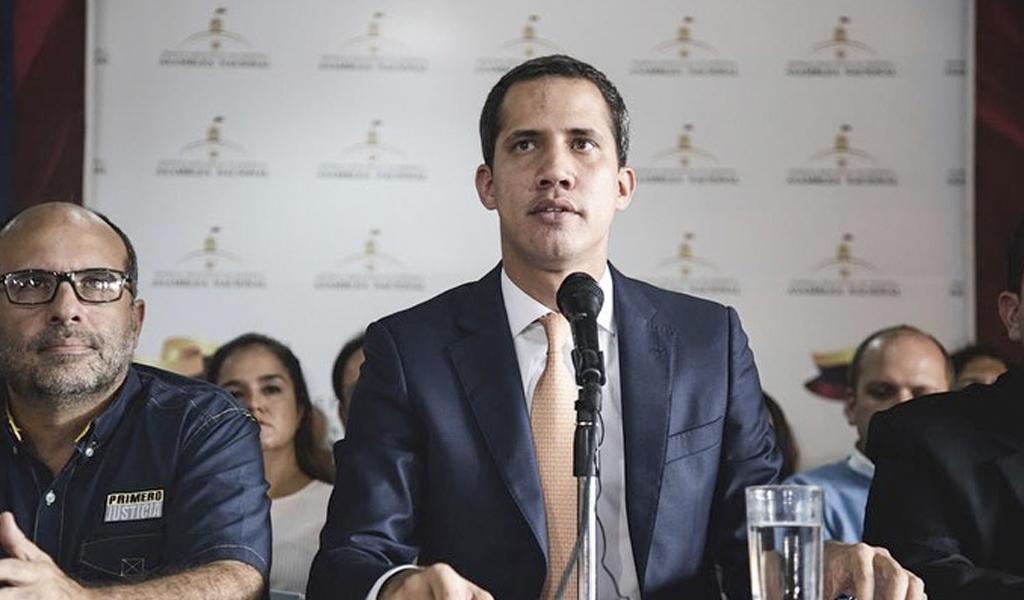 Guaidó pide investigar presuntos hechos de corrupción