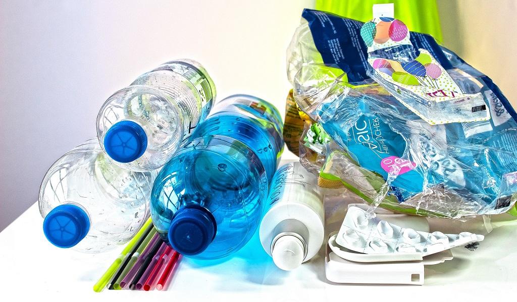 Proyecto buscará eliminar el plástico de un solo uso