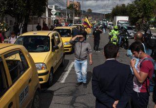 Taxistas anuncian que van a paro nacional