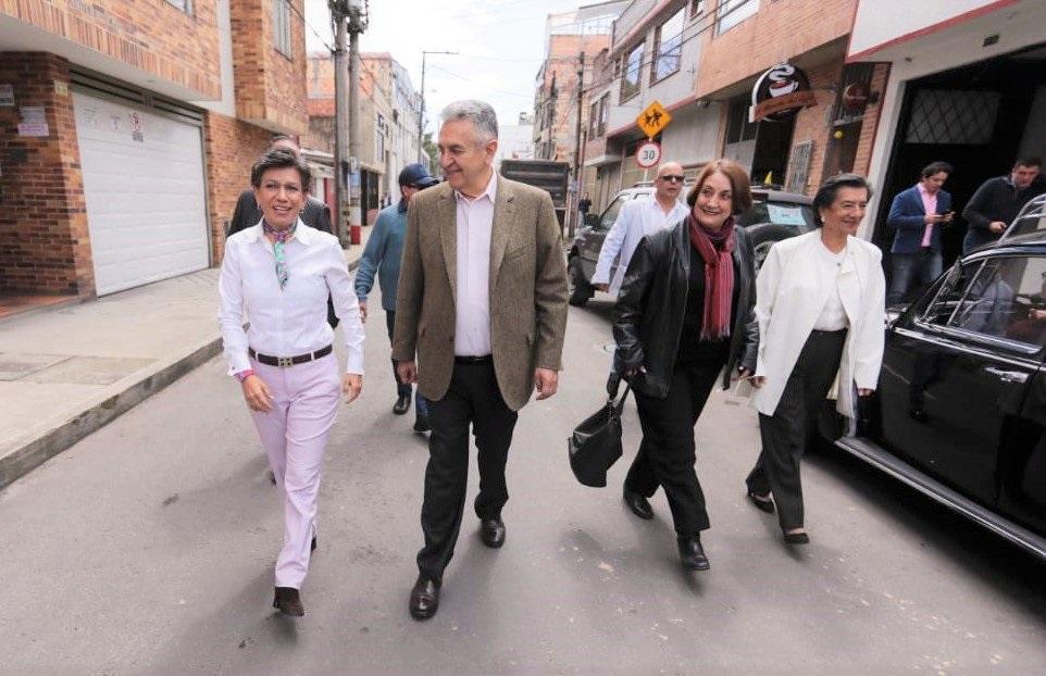 Lucho Garzón se adhiere a campaña de López por Bogotá