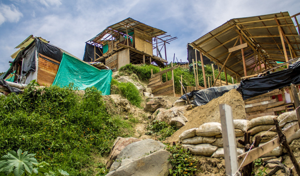 Más de 100 familias desalojadas en área metropolitana de Bquilla