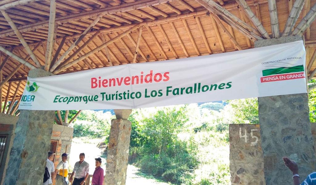 Ecoparque turístico - Los Farallones