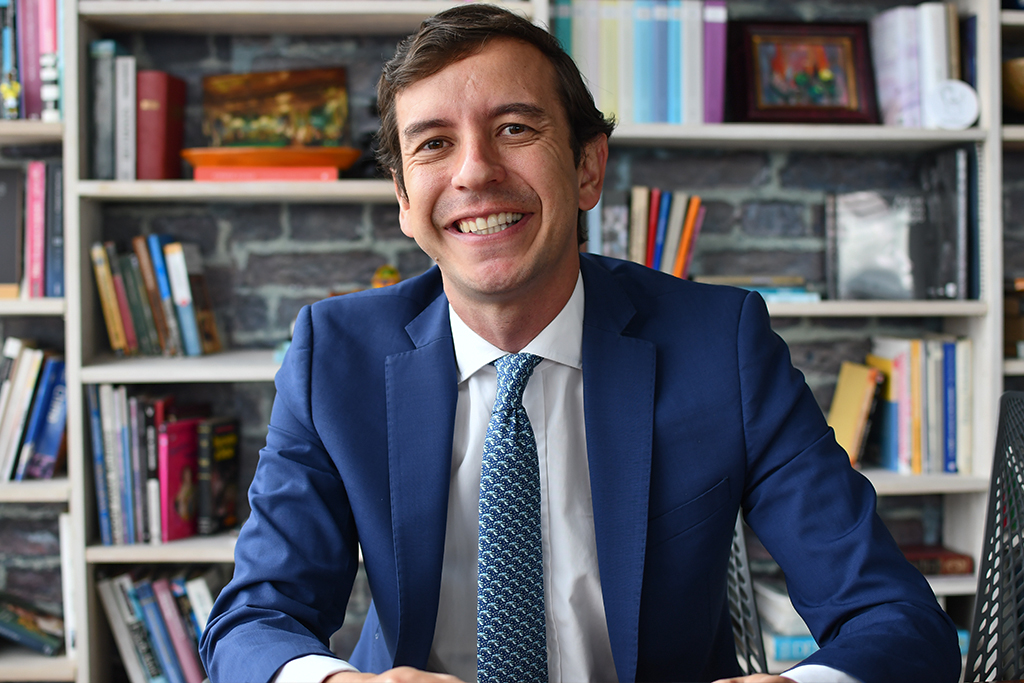 """Seré la voz de la familia bogotana"": Fernando Merchán"