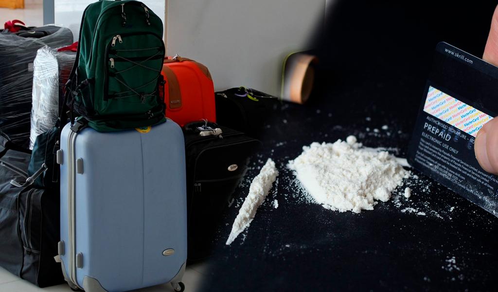Engañaron a sus madres y escondieron coca en su equipaje