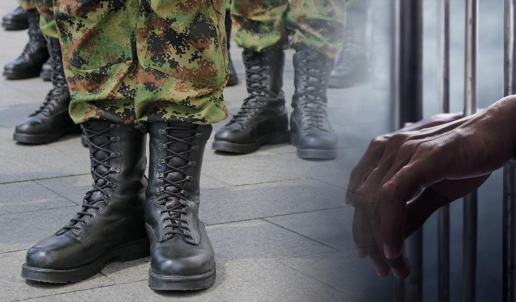 Atrapan civiles vestidos de militares en Facatativá