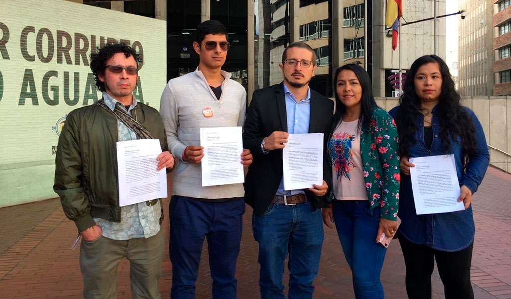 Piden sancionar a Peñalosa por paramilitarismo en Bogotá