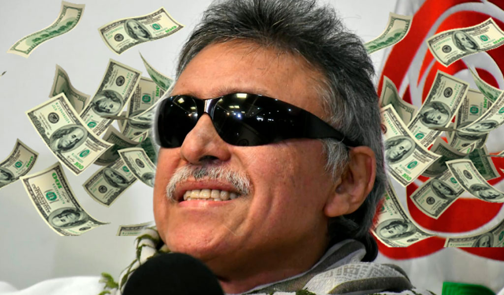 ¿Por qué Santrich aún recibe su sueldo si está prófugo de la justicia?