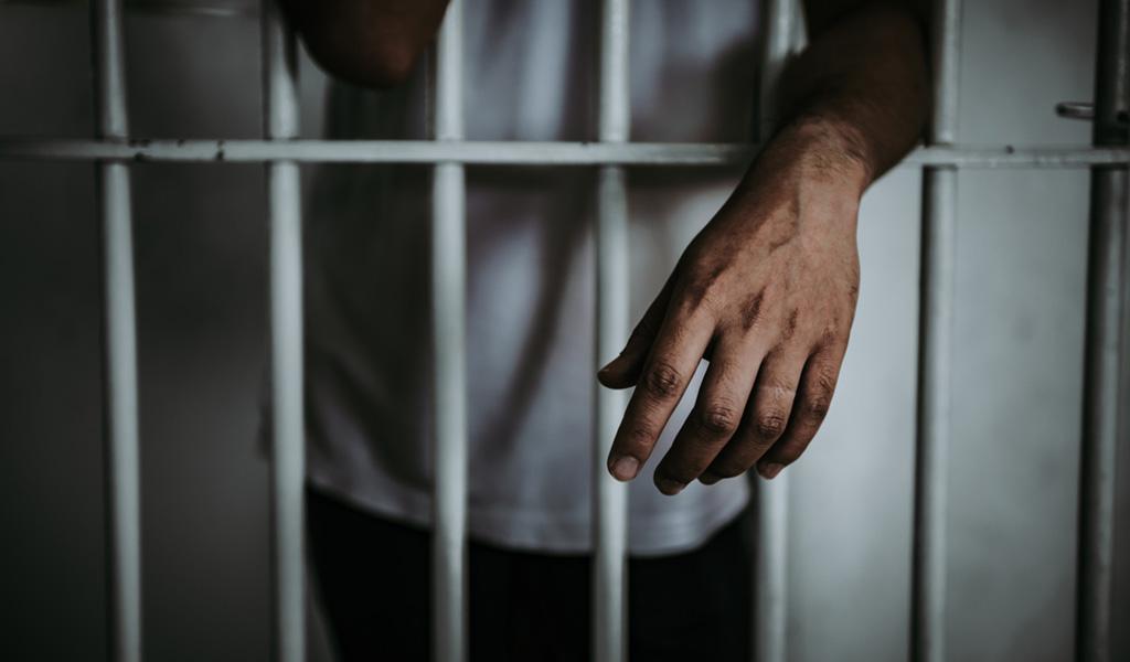 Cárcel para sujeto que prendió fuego a su novia embarazada