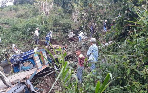 Accidente de bus escalera en Antioquia dejó tres heridos