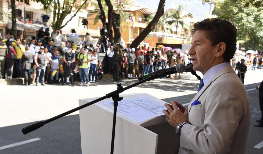 Consumo de drogas, fallo de la corte, pico y placa, derechos niños, gobernador, Luis Peréz