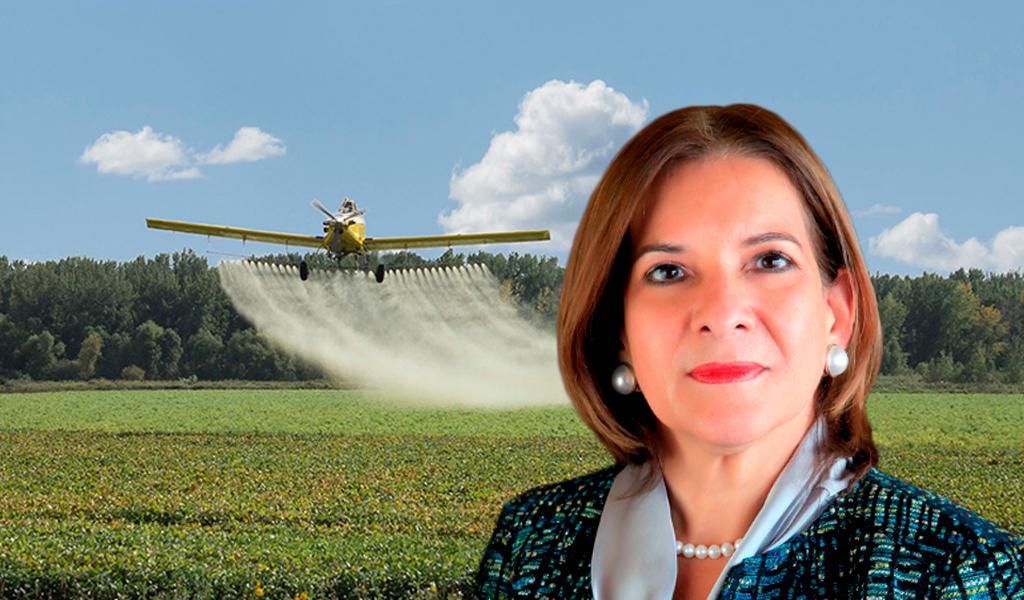 Gobierno persistirá en fumigación aérea de cultivos