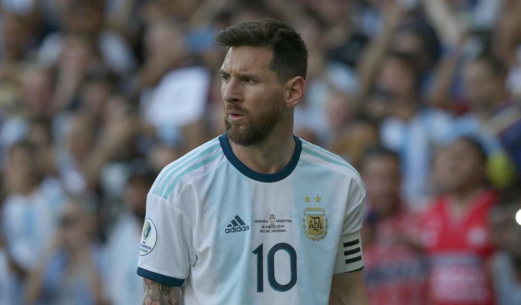 Messi es expulsado por segunda vez en su historia