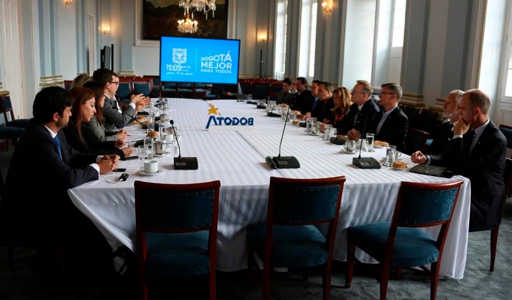 Continúa en pie alianza Chicago-Bogotá