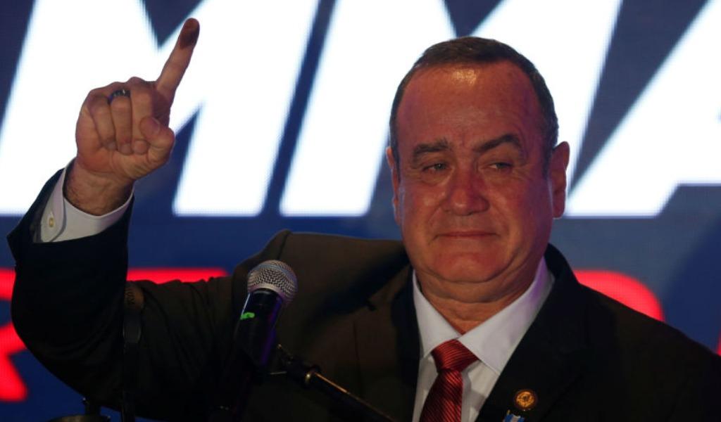 Giammattei es el nuevo presidente de Guatemala
