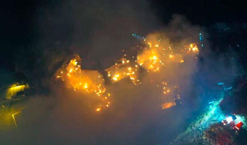 Más de 100 personas afectadas por incendio en Armenia