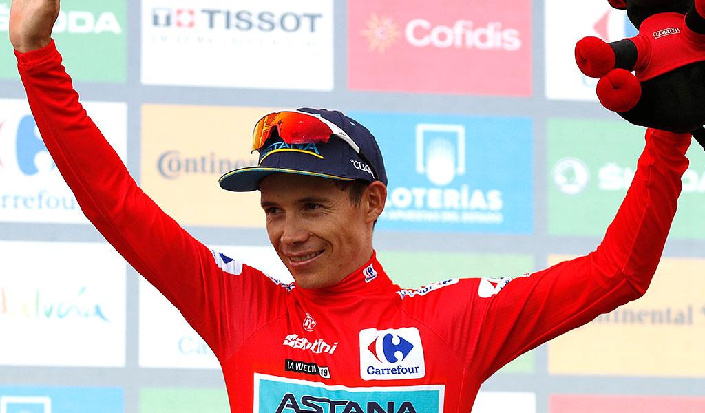 'Supermán' López de nuevo es líder en la Vuelta