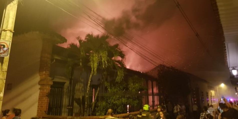 Casa patrimonial en Santa Fe de Antioquia afectada por incendio