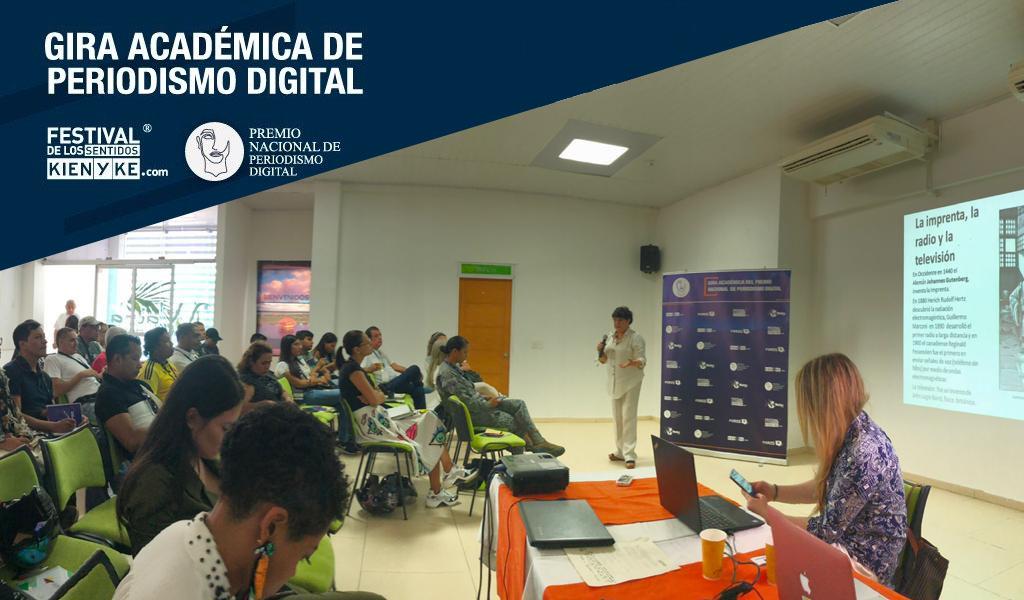 Leticia recibió el taller de periodismo digital
