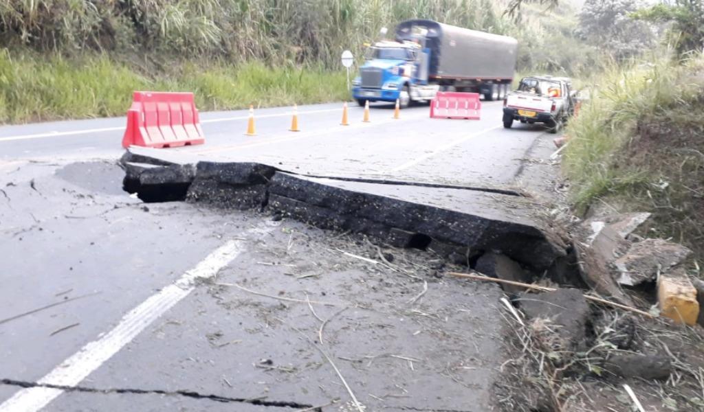 Atentado contra la vía Panamericana en Cauca