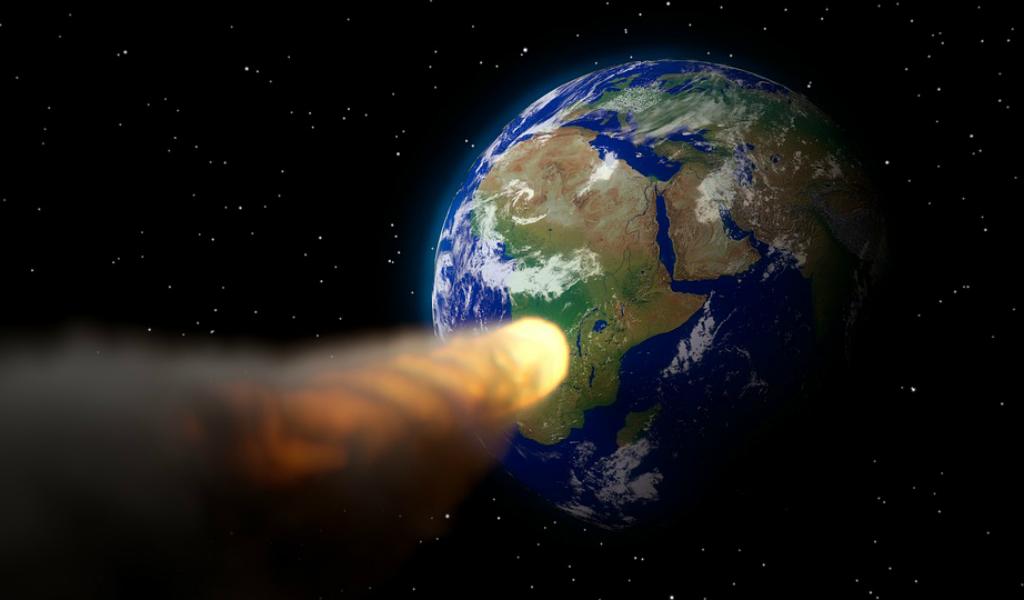 ¿Enorme meteorito chocará contra la Tierra el 3 de octubre?