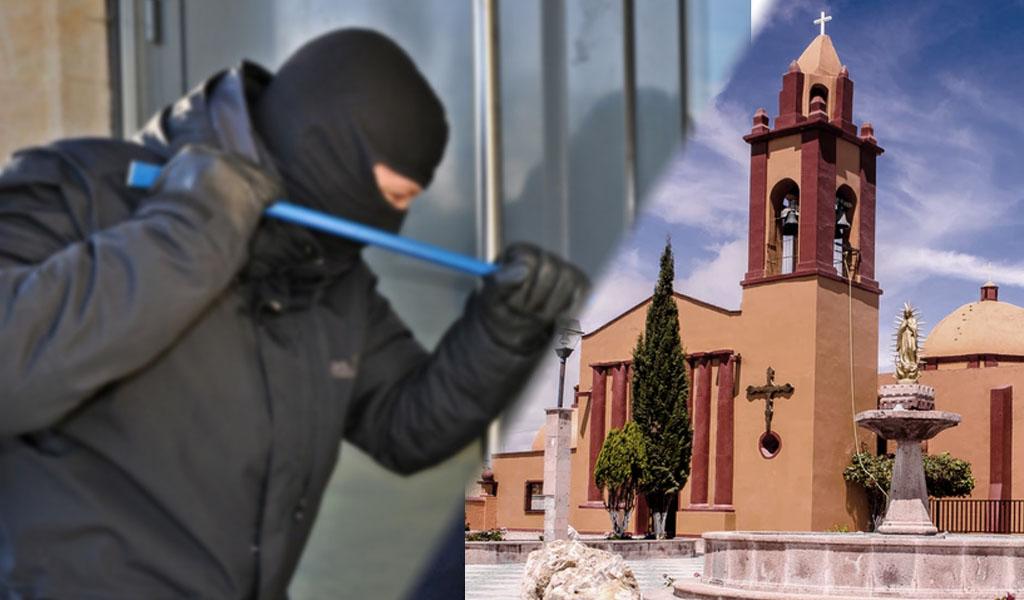 Roba en una iglesia y se da la bendición antes de salir