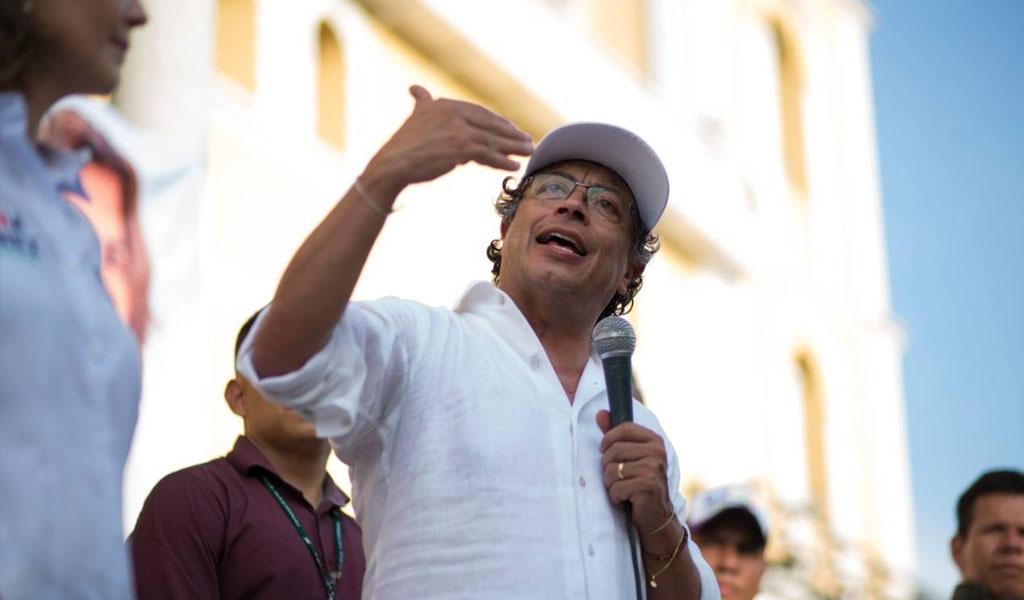Gustavo Petro, discurso, Sincelejo, molestia, Iglesia, evento político