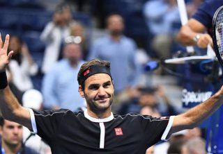 Roger Federer de nuevo aplaza partido en Colombia