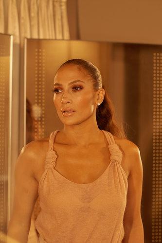 Jennifer López encarna a una bailarina de striptease