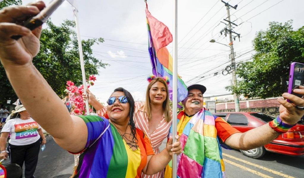 LGBT, El Salvador, derechos, violencia
