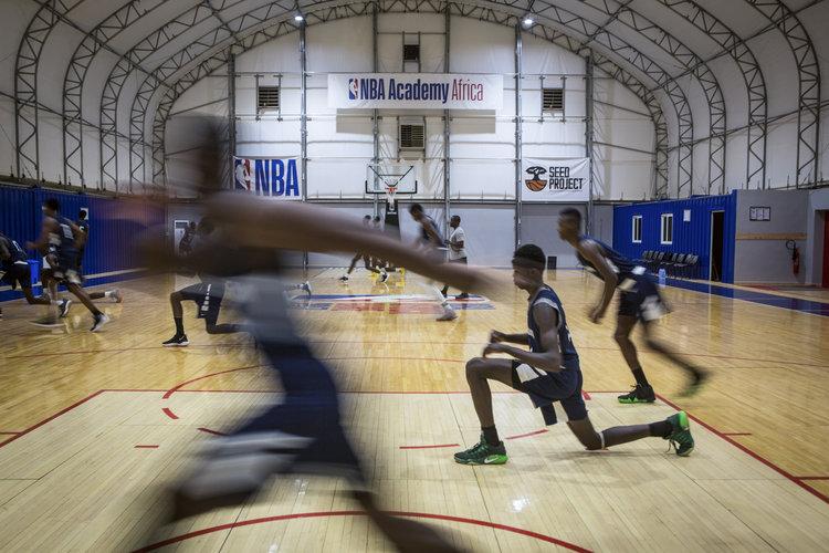 El basquetbol busca nivel profesional en África