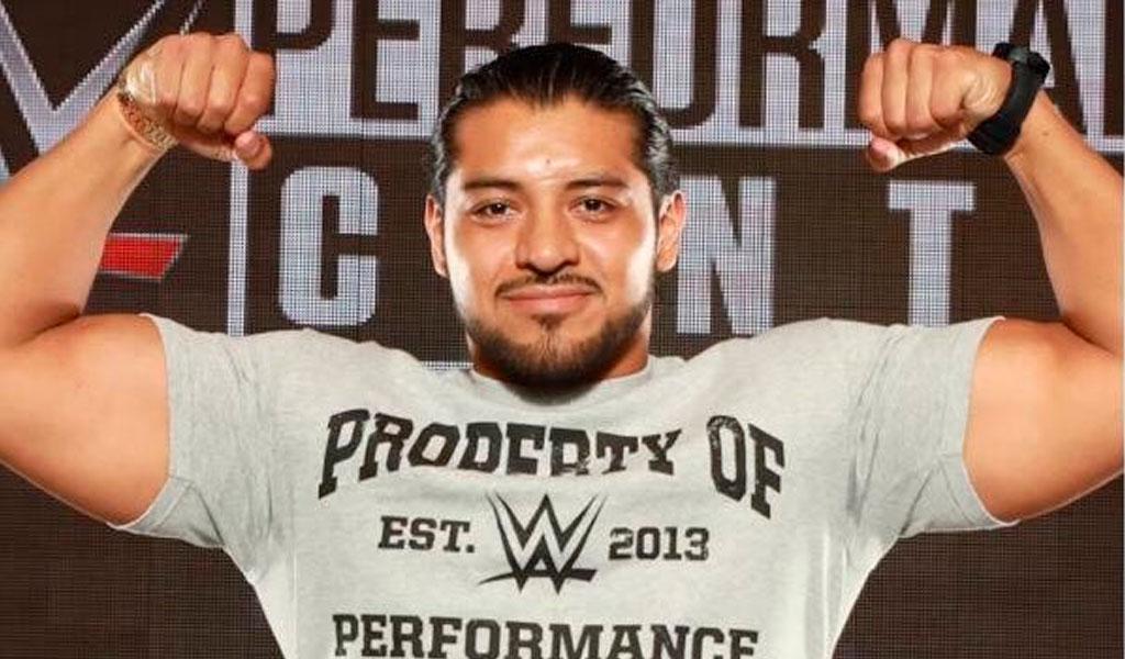 WWE Performance Center presenta 'El hijo del fantasma'