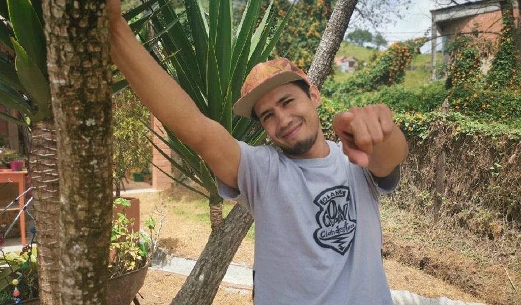 Joven, Medellín, paz, reconciliación