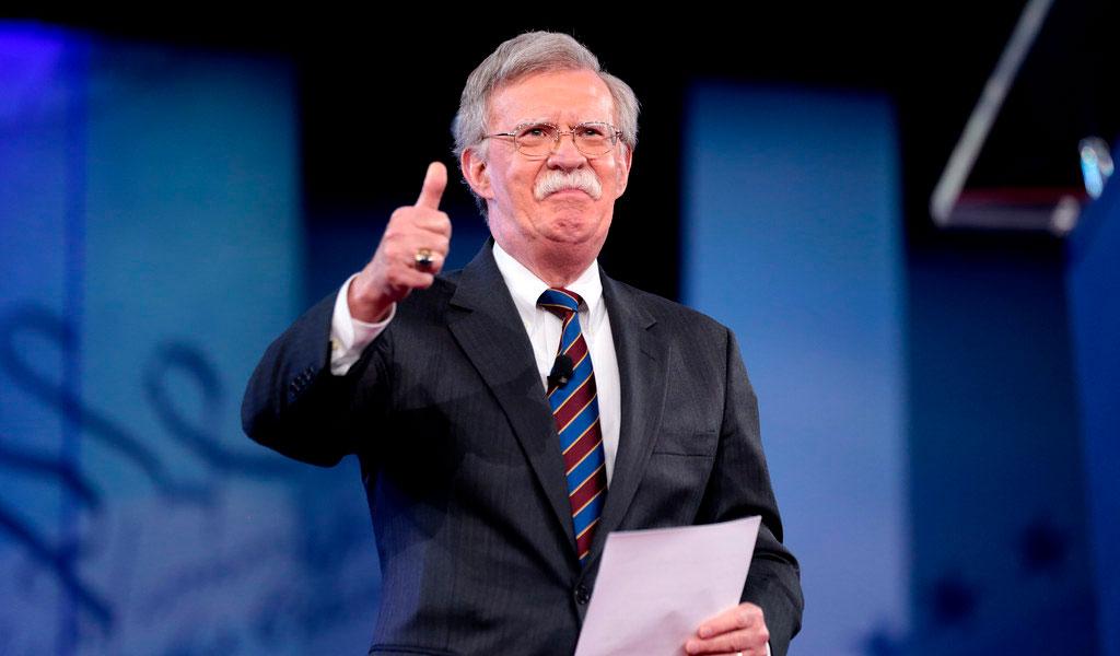 Vía Twitter Trump le dice adiós a Bolton