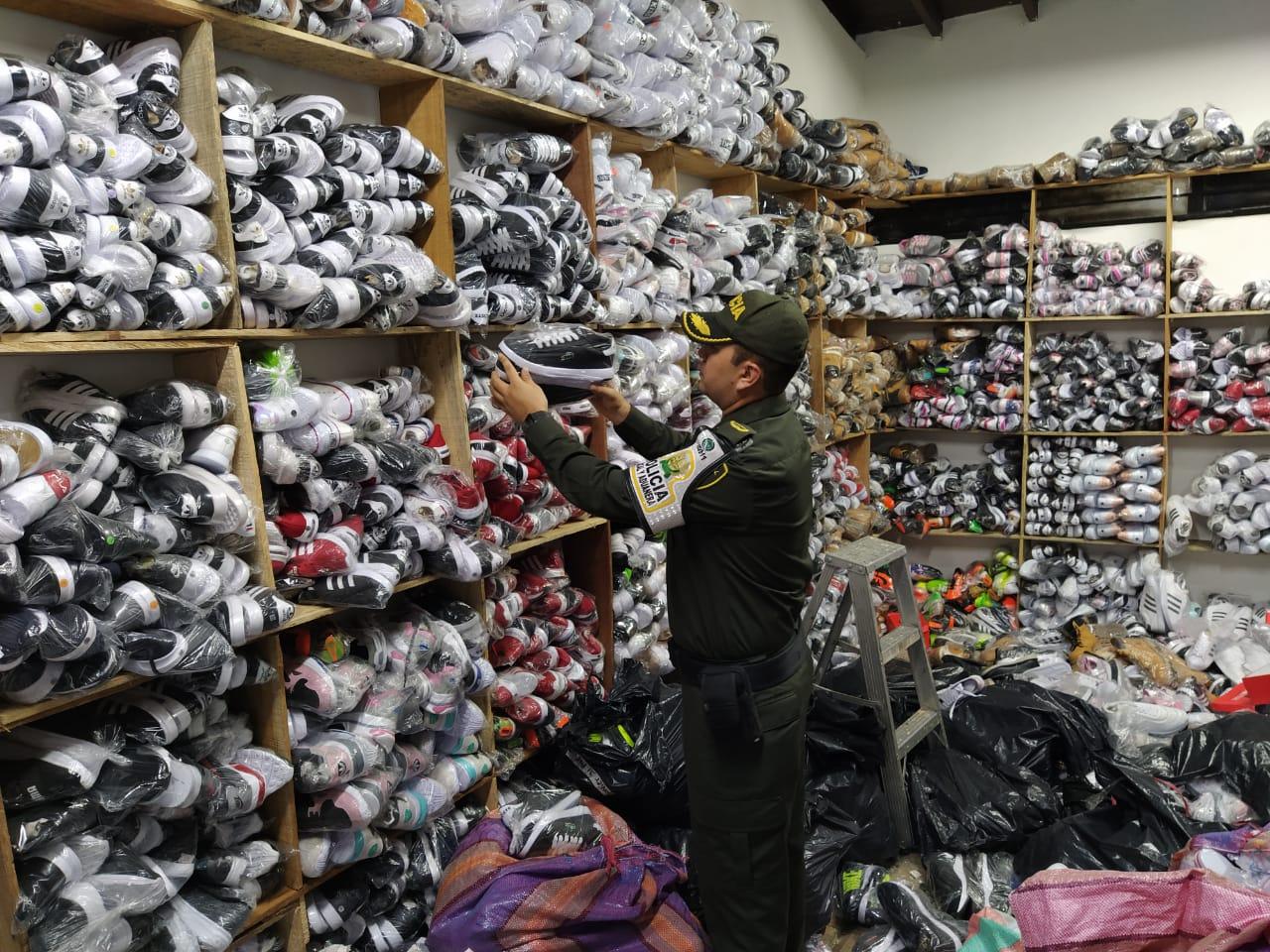 En Medellín decomisan mercancía avaluada en $400 millones