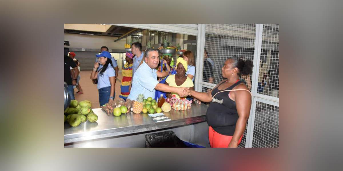 Cartageneros ya pueden mercar en la Plaza Santa Rita