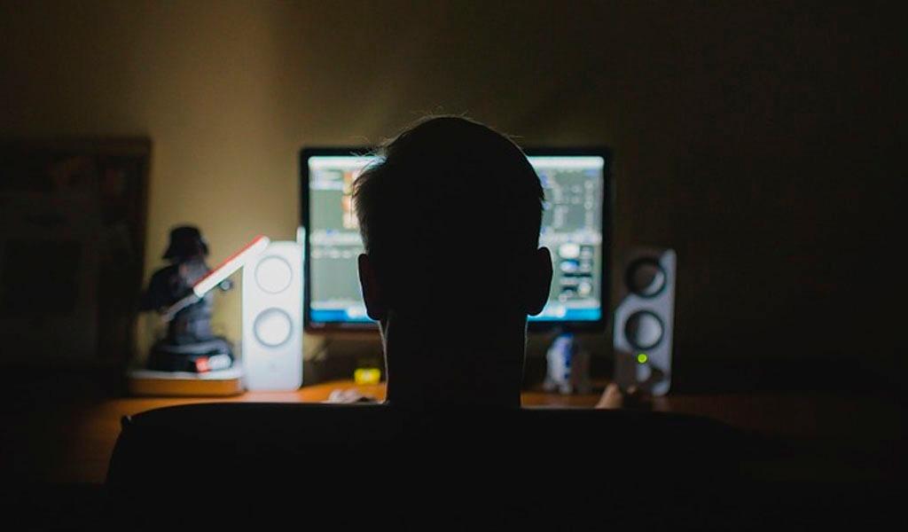 Uno de cada tres jóvenes es víctima de acoso cibernético