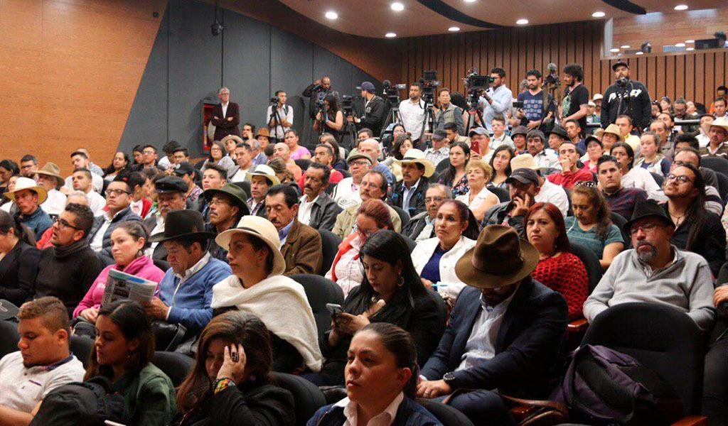 Partido FARC, Páramo de Sumapaz,Campesinos, Carlos Antonio Lozada, Congresistas,