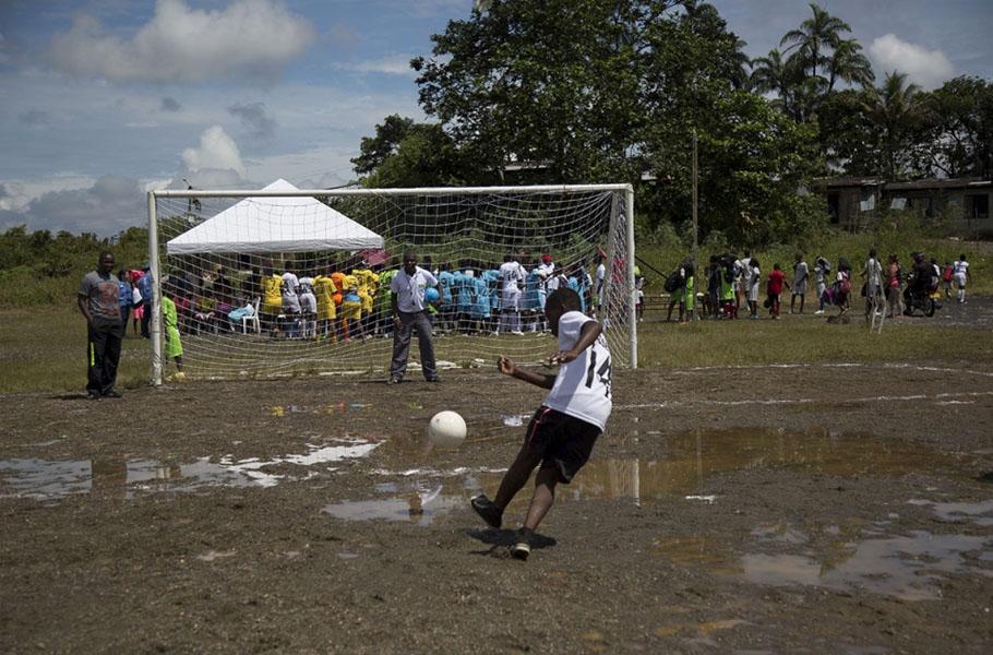 La comunidad que protege su territorio con deporte