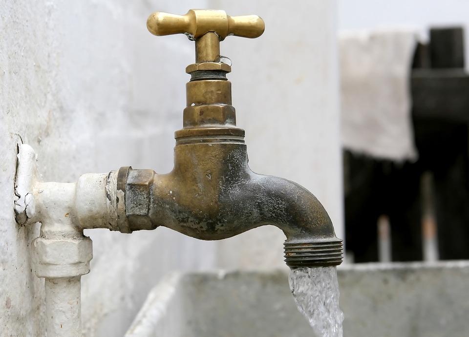 ¿A qué se debe coloración del agua en sur del Valle de Aburrá?