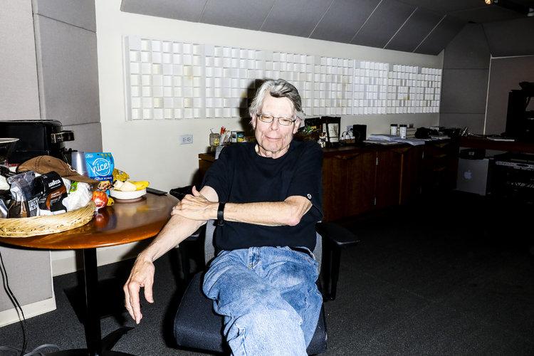 ¿Qué tiene asustado al maestro del miedo Stephen King?