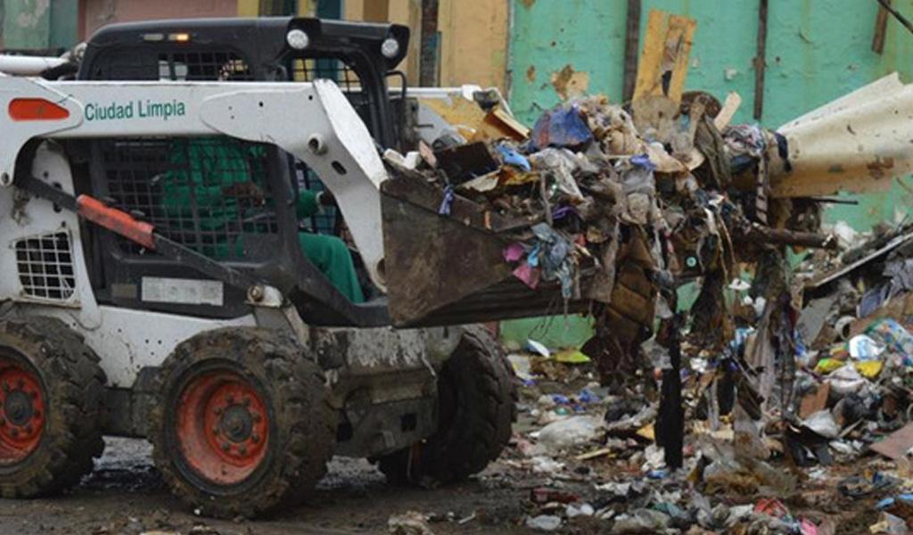 Cali colapsa en épocas de lluvia por basuras