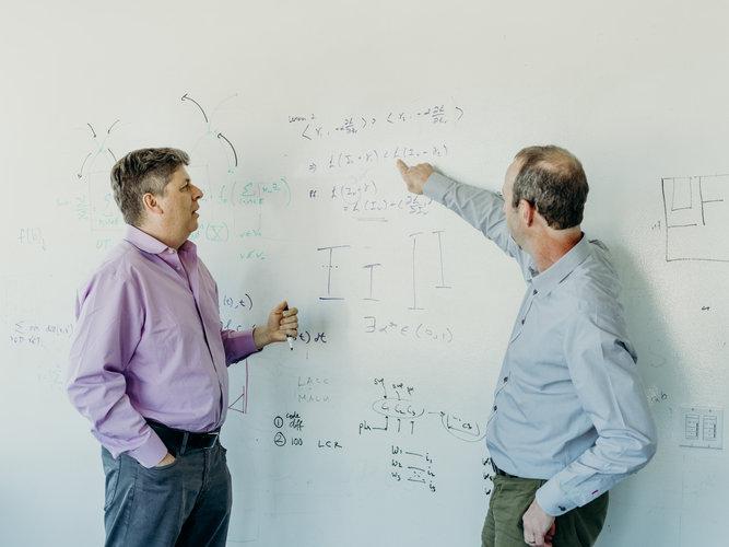 Examen de ciencias puso la Inteligencia Artificial a prueba