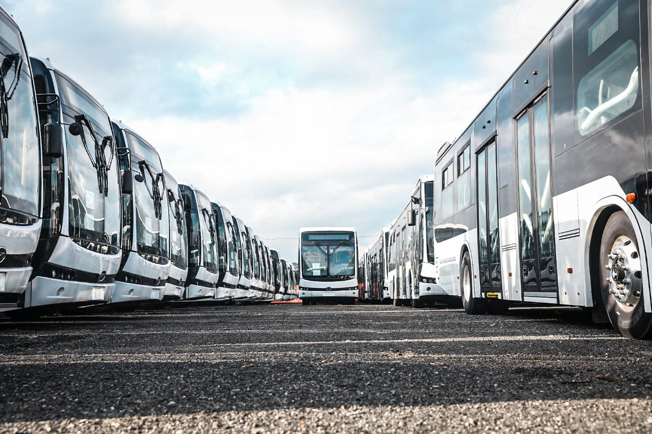 En noviembre entrarán en operación buses eléctricos en Medellín