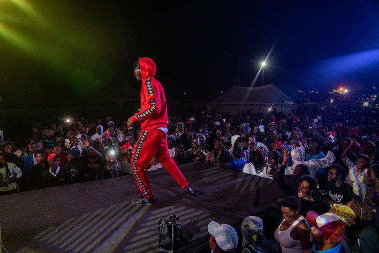 Crisis política inspira a los músicos en Zimbabue