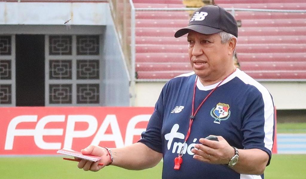 Américo Gallego sorprendió con la convocatoria de Panamá