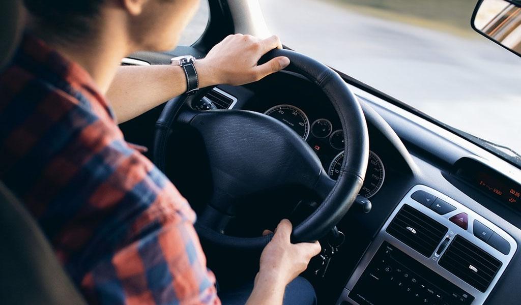 ¿Cómo funcionan los sistemas de asistencia al conductor?
