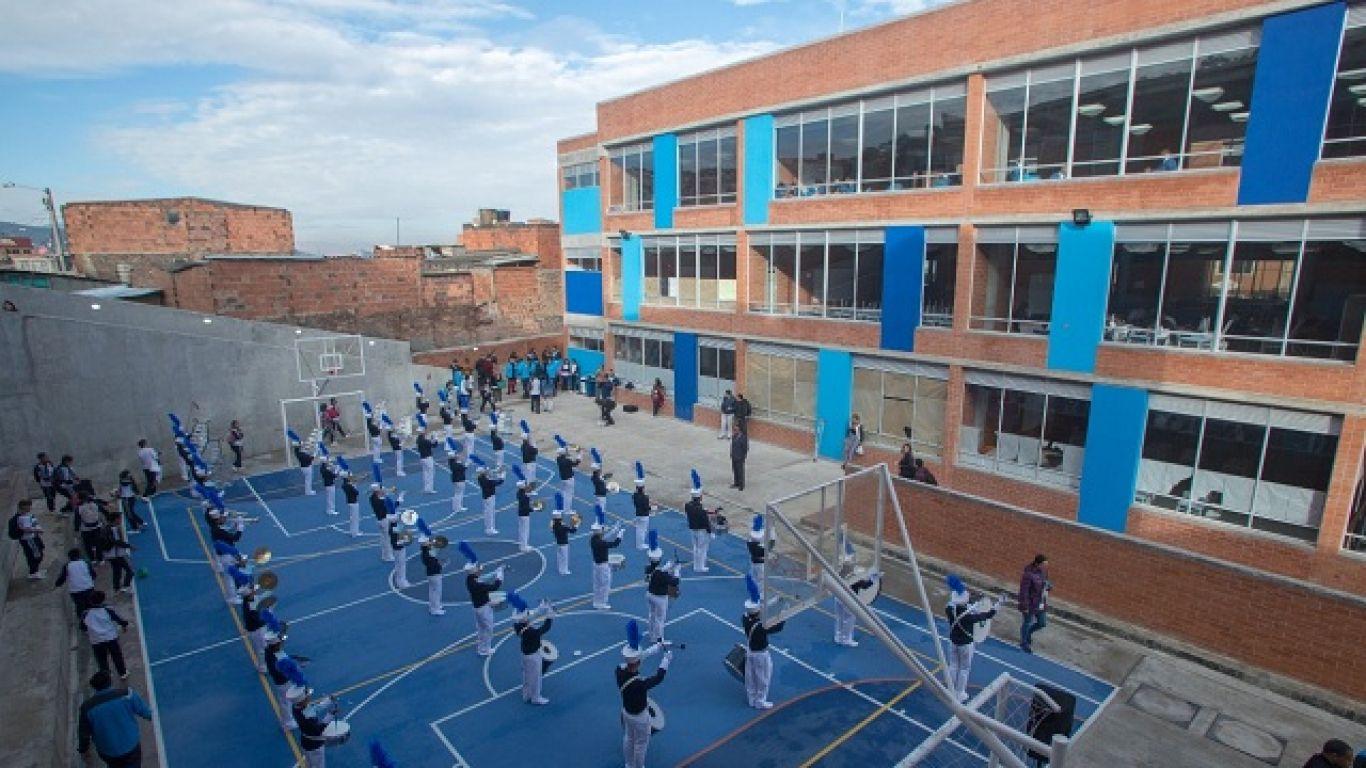 Abren proceso para traslados entre colegios oficiales de Bogotá