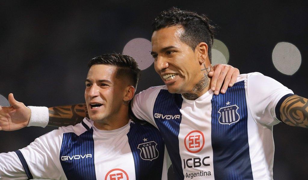Moreno con halagos y Maradona con críticas