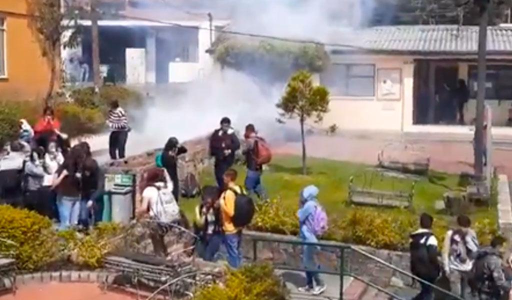 Denuncian excesos del Esmad en protestas estudiantiles del 26-S